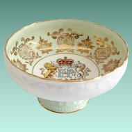 Paragon Bone China 1959 Commemorative E&P Royal Visit to Canada Pedestal Bowl