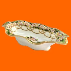 Nippon Hand Painted Gold Moriage Beaded Swags Pink White Flowers Green Rim Oval Bowl