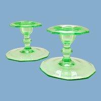 Cambridge Elegant Glass Emerald Green Candle Holders Pair No. 878 Decagon Shape Early Depression Era