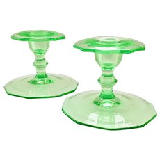 Cambridge Elegant Glass Emerald Green Candle Holders Pair No. 878 Decagon Shape Early Depression Era