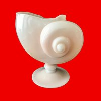 Cambridge Seashell Crown Tuscan Nautilus Shell Large Footed Vase