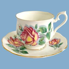 Royal Albert Bone China Sweetheart Roses Series Anne Teacup and Saucer