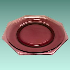 Moroccan Amethyst Mid-Century Octagonal Glass Dinner Plate by Hazel Atlas - no raised ridge