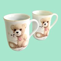 Otagiri Coffee Mugs White Persian Kitten and Teddy Bear Designed by Bob Harrison Set of Two