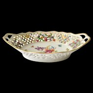 Schumann Chateau Dresden Oval Bowl with Reticulated Rim Bavaria Germany circa 1920s