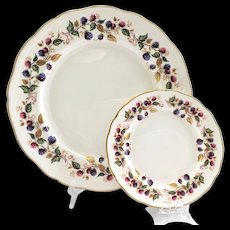 Aynsley Bone China Bramble Time Dinner Plate with Matching Bread and Butter Plate