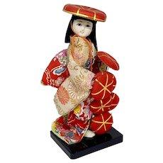 Vintage Japanese doll - The Hat Seller