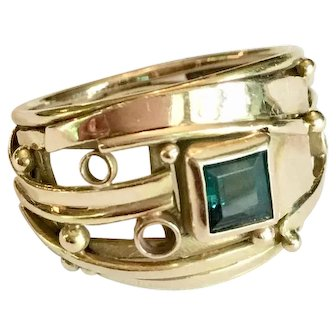 Vintage 14K gold and green tourmaline ring