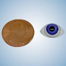 Single hand blown blue glass eye