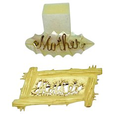 """Set of two """"Mother"""" pins"""