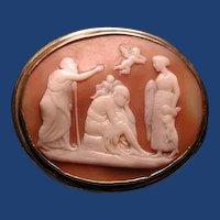 Love cherubs and old age cameo