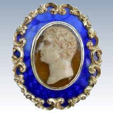 Rare and fine enamelled cameo sterling box 1905 from Princess Victoria