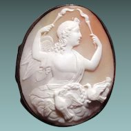 Cameo box with Venus and love doves