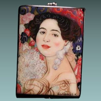 Hand painted Russian cameo pendant