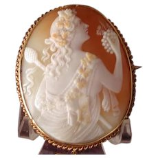 Museum quality Bacchus cameo with ram