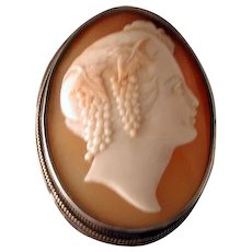 Lovely Baccante cameo head with grapes