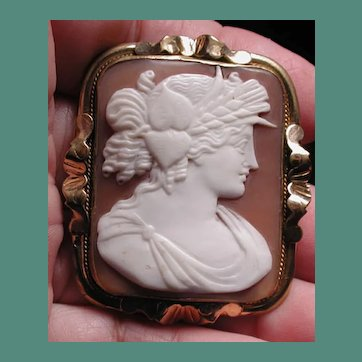 Lovely Victorian cameo of Ceres the goddess of the harvest