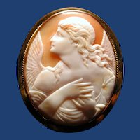 Lovely cameo of Anunication angel