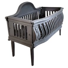 Antique Royal Free Standing Whale Bone Cast Iron Coal Fire Place Cradle Grate.
