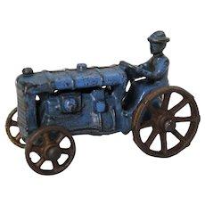 """Late 1920's -1932 Small 3"""" Kilgore Cast Iron Tractor"""