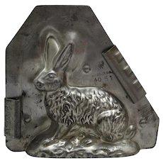 1930-1947 Eppelsheimer Sitting Bunny Chocolate Mold