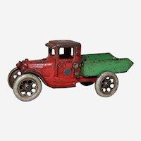 """Circa: 1929-1932 Cast Iron Arcade 7 1/4"""" Ford Dump Truck"""