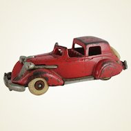 Hubley Cast Iron Studebaker Town Car (Large Version)