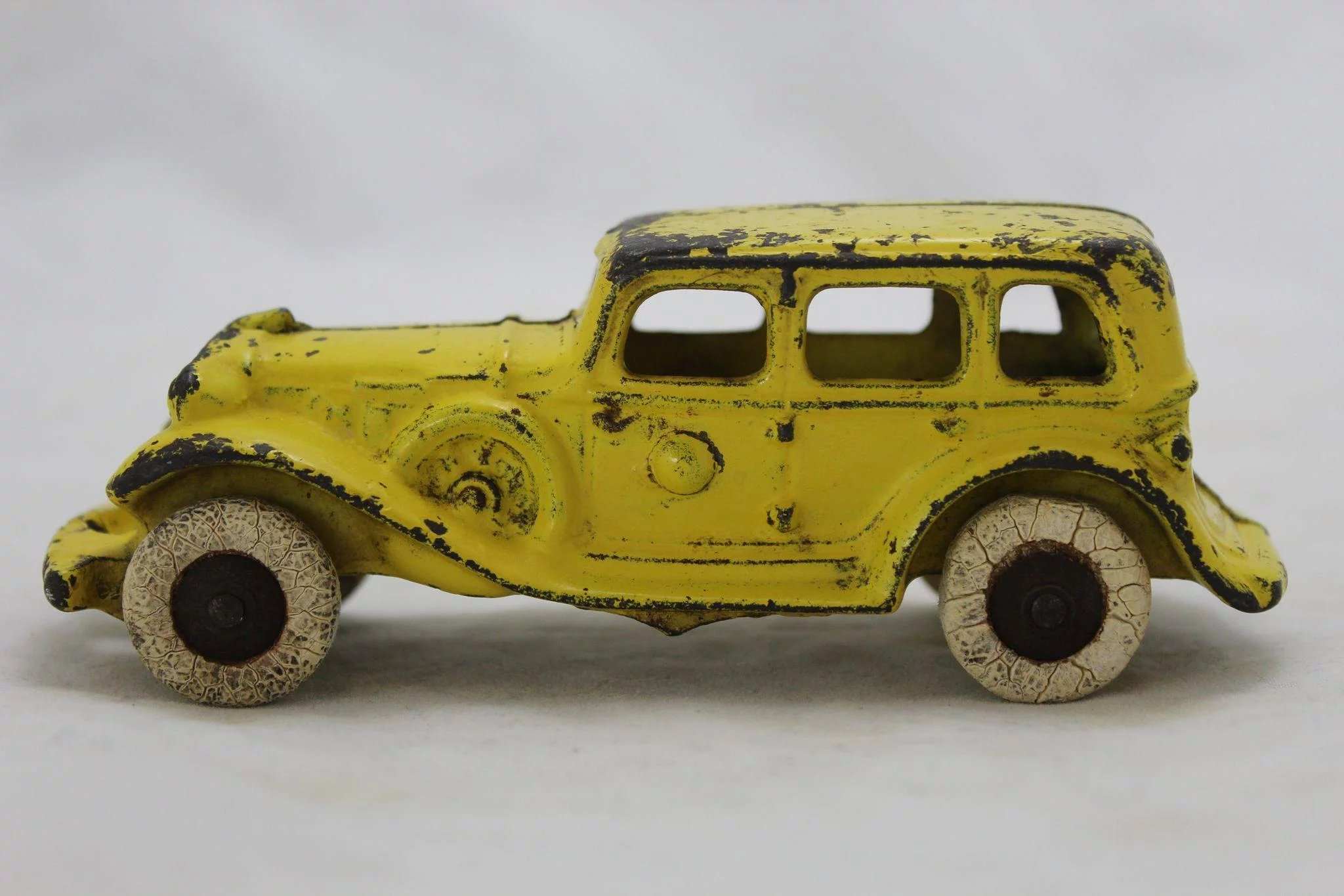 A C Williams Cast Iron 1930 S Sedan The Curious American Ruby Lane