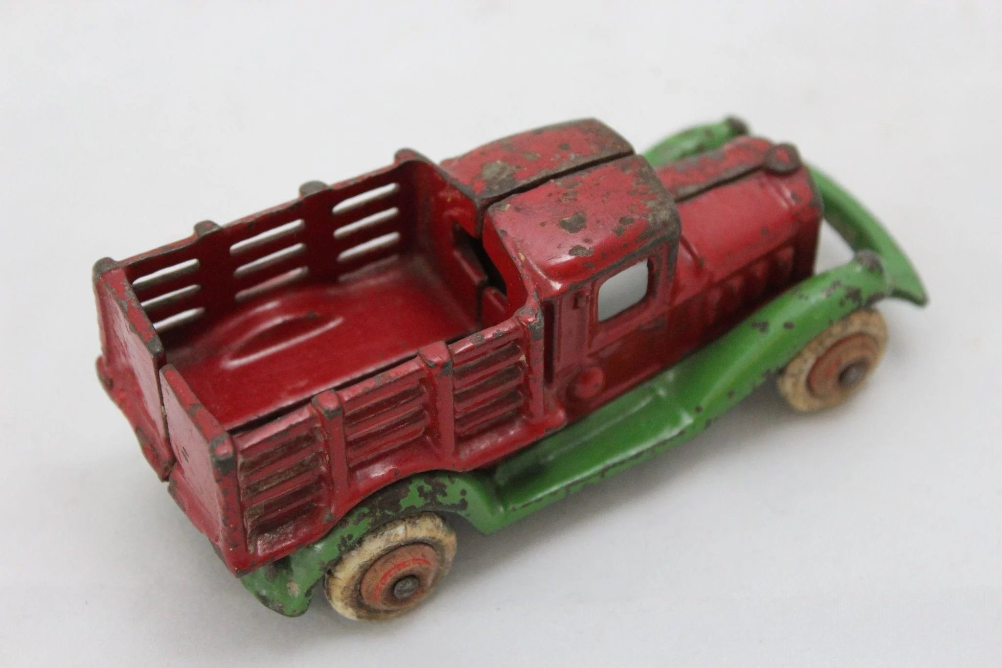 Late 1920 S Hubley Take Apart Farm Stake Truck The Curious American Ruby Lane