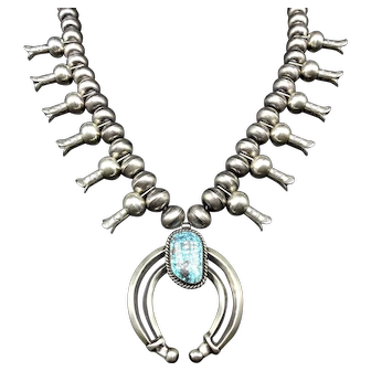 Vintage Navajo Sterling Silver INDIAN MOUNTAIN Turquoise SQUASH Blossom Necklace
