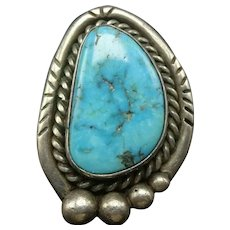Vintage Navajo Sterling Silver and Gorgeous Blue Gem TURQUOISE RING size 7.25