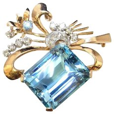 Santa Maria Aquamarine Diamond Brooch 18K Yellow Gold Pin Natural Aquamarine Emerald Cut Blue Emerald Natural Gems Vivid Gem Art Deco 1920s 1930s 1940s Handmade Great Gatsby Downton Abbey Wedding Jewelry Bridal Anniversary Retro Estate Luxury