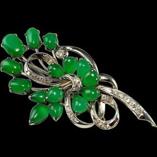 Imperial Jadeite Art Deco 18K White Gold Jadeite Jade Brooch Pin 1930s Green Jade Cabochon Jewelry Jewellery Floral Spray Cluster Brooch