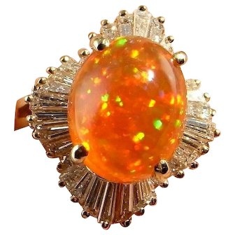 FINEST Mexican Precious Fire Opal Ring Large Orange Fire Opal with Play of Color Ring Orange Opal Cabochon Jewelry Diamond Ring 14K Gold