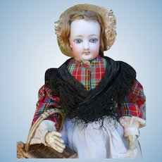 Parisienne  doll FG in original condition.