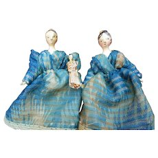 Twin Grodnertal and their doll circa 1810