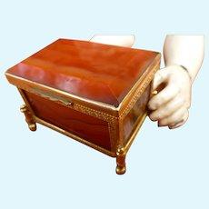 Box for Parisian doll