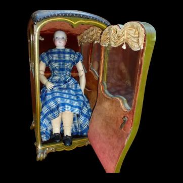Carrier chair for Parisian doll