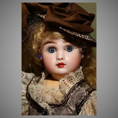 """An Adorable POCKET SIZE 10"""" Jules Steiner Bebé - Closed Mouth - Blue Eyes - Fully Signed - MINT - with ADDITIONAL DRESS !"""