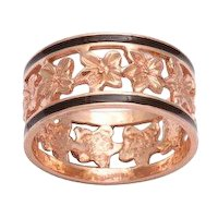 Antique Victorian Band of Ivy Ring