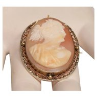 Antique 10K Gold Frame Victorian Carved Shell Cameo Pendant Brooch