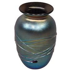 Exquisite Iridescent Decorated Art Glass Vase Signed Hyde 1991.