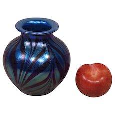 Signed Tim Murray 1979 Hand Blown Iridescent Art Glass Vase