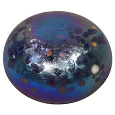 Inscribed L8M9 1991 Made by Cape Byron Studios Australia Art Glass Paperweight