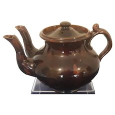 Treacle Glazed Twin Spouted Teapot