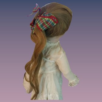 """Gorgeous Antique Doll Wig with Original Bow - 8"""" circumference"""