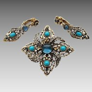 Vintage Signed ART Faux Turquoise Rhinestone Pin Brooch Dangle Earring Set