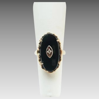 Vintage 10K Gold Black Onyx Diamond Accent Ladies Ring Size 6