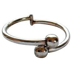 Vintage Mexican Sterling Silver Hinged Bypass Bangle Bracelet