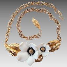 Vintage Louis Feraud Paris White Flower Floral Necklace